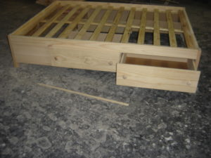 Base bed with drawers 003
