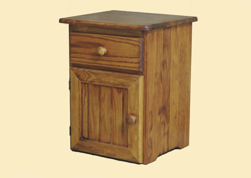 1 drawer, 1 door