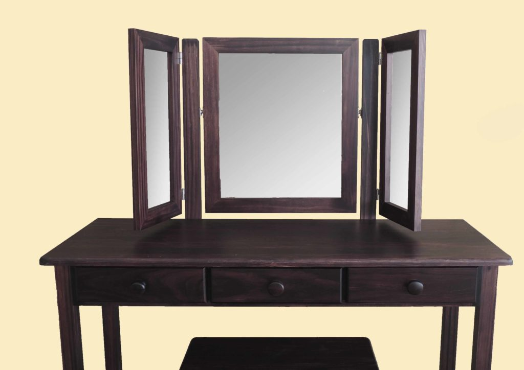 Dressor Table 2